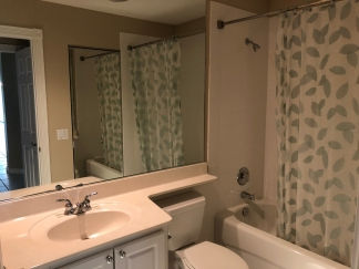 Immaculate 2 BR / 2 Bath in Palmer Ranch, Sarasota