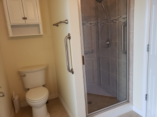 Gorgeous 4 Bedroom / 3 Bath Pool Home - Bradenton