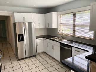 Cool, Funky, Retro Bradenton Home For Rent